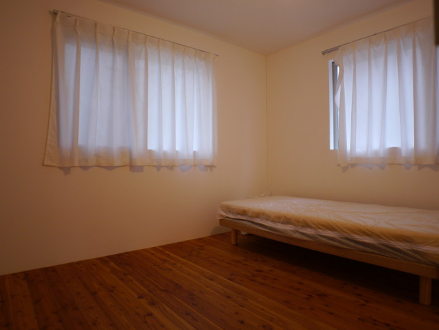 社会人限定!LT城西3号室。年齢上限なし!窓は西側&南側。